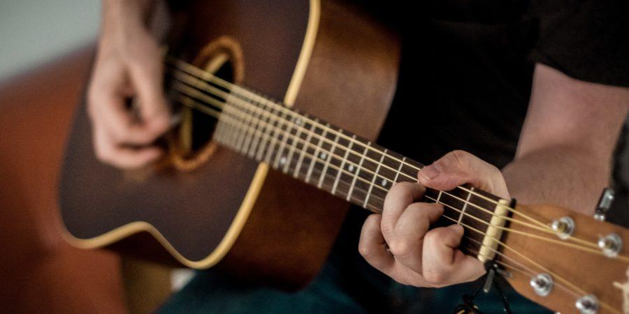 Top des conseils pour apprendre la guitare